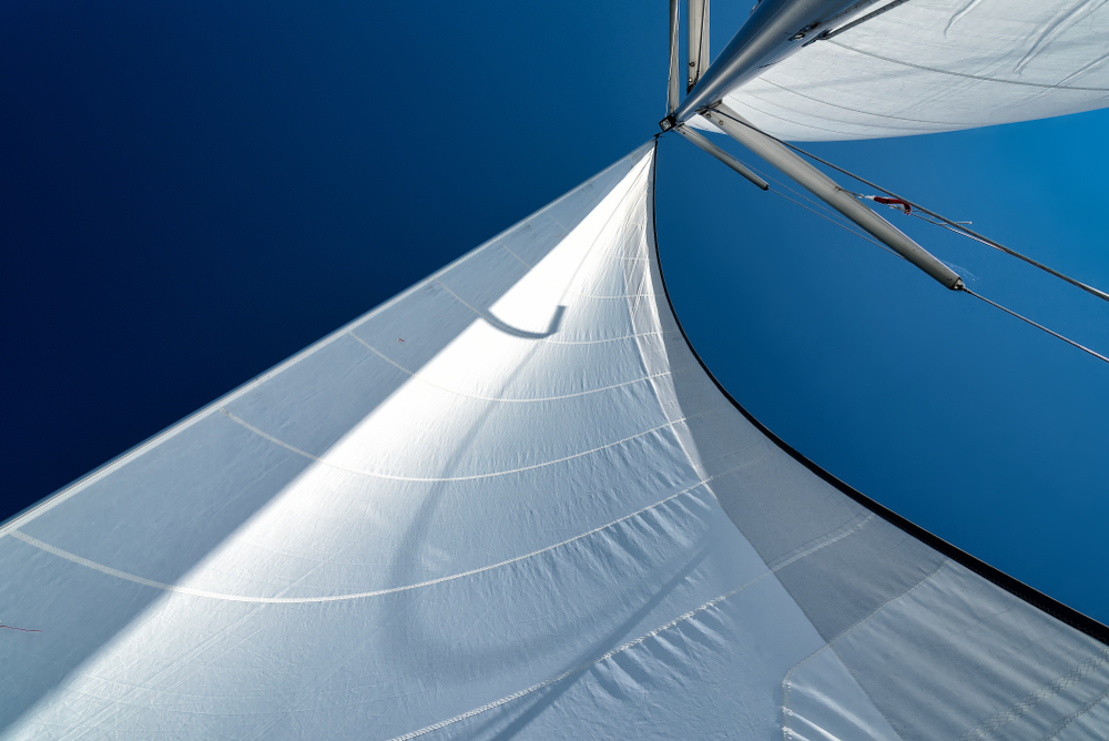 MCA release a document about uncoded commercial sailing yachts engaged in racing